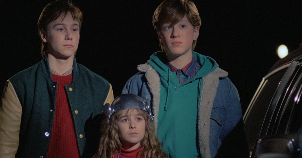 Adventures In Babysitting Soundtrack Music Complete Song