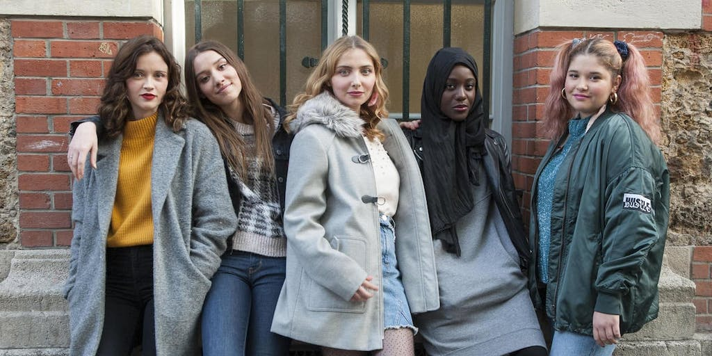 Skam France Soundtrack - S2E13: Never Young | Tunefind