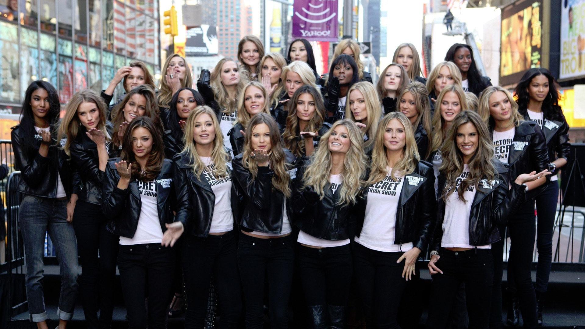 The Victoria S Secret Fashion Soundtrack Complete Song List